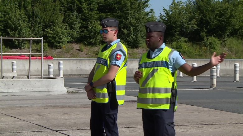 Opération de contrôle mais surtout d'information ce mardi à Mussidan / © France 3 Périgords - Florian Rouliès & Bertrand Lasseguette